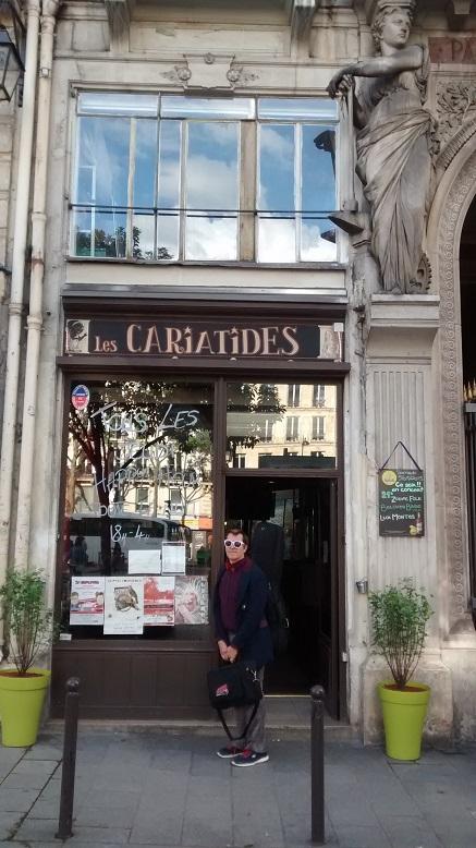 Les Cariatides!