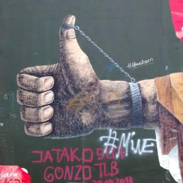 Berlin. Sweet, plant loving, puppet having, wall breaking Berlin.